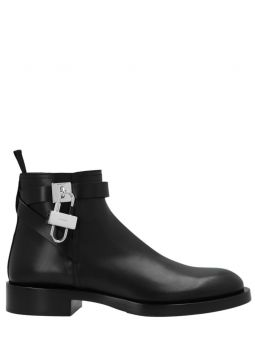 Padlock boots in black leather