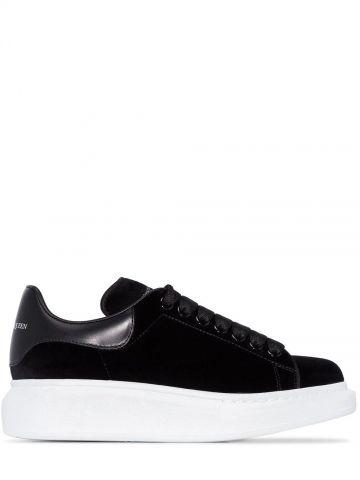 Black Oversized Sneaker
