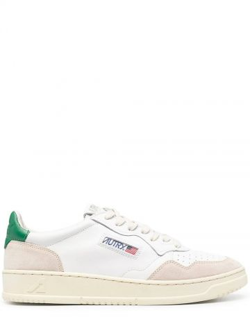 Low-top sneakers in white and green leather and suede
