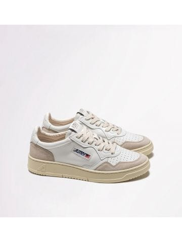Low-top sneakers in white leather and suede