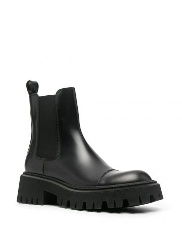 Black Tractor boots