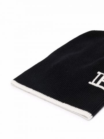 Black cap with contrast piping