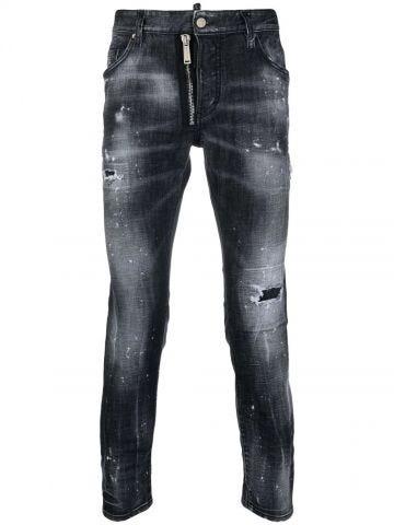 Medium waist slim jeans