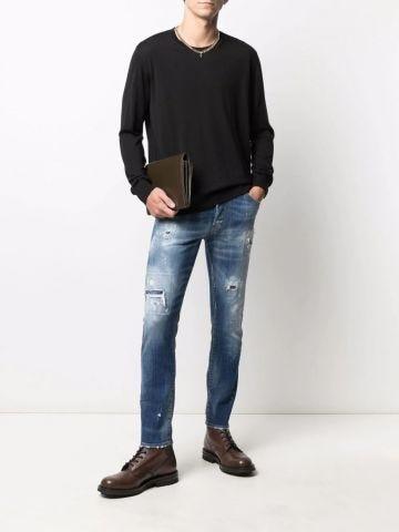 Maglione nero con logo