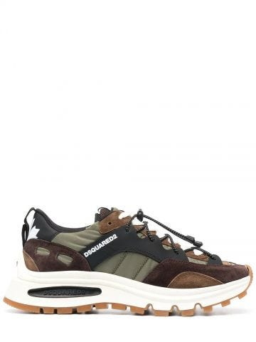 Sneakers a pannelli