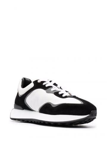 Sneakers bianca e nera con motivo 4G