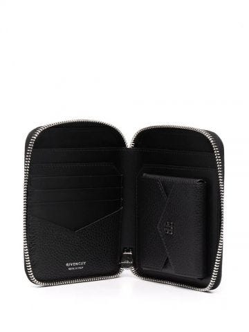 Zipped wallet in black grained leather