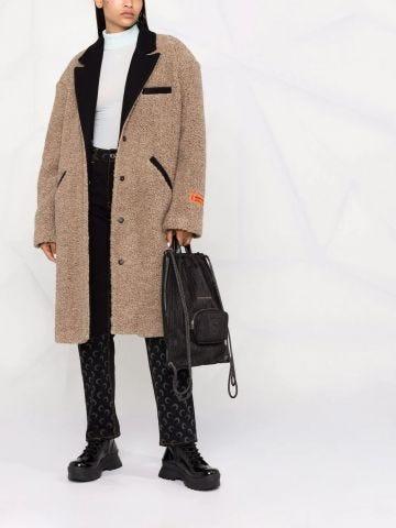 Brown logo-patch textured coat