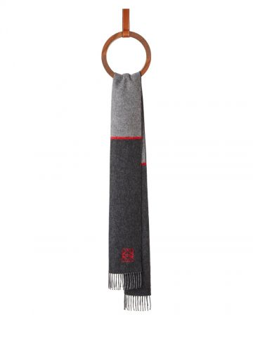 Window scarf in wool and cashmere