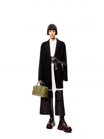 Black slit jacket in wool and cashmere