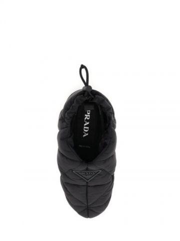 Black nylon slipper