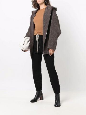 Brown round neck fine knit T-shirt