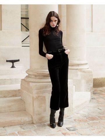 Black velvet flared shorts