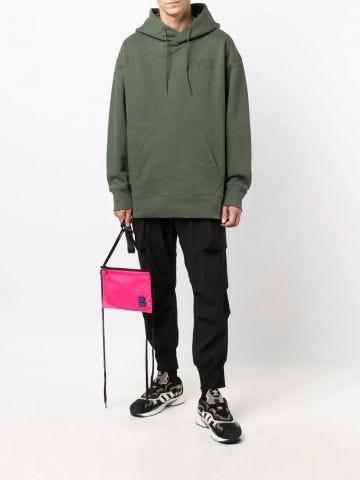 Felpa verde con cappuccio e cordoncino con logo