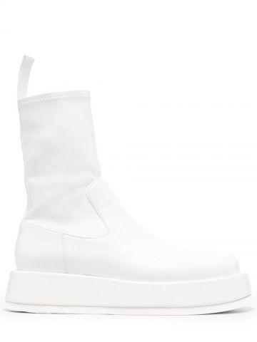 Gia x RHW white Rosie 11 boots