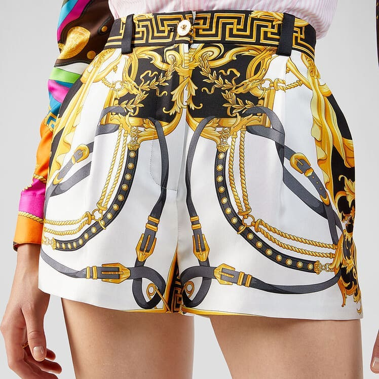 Eclectic motifs  @genteroma @versace   Versace Spring/Summer 2020 collection available on genteroma.com and in our boutiques.  #GenteRoma #Versace #SS20