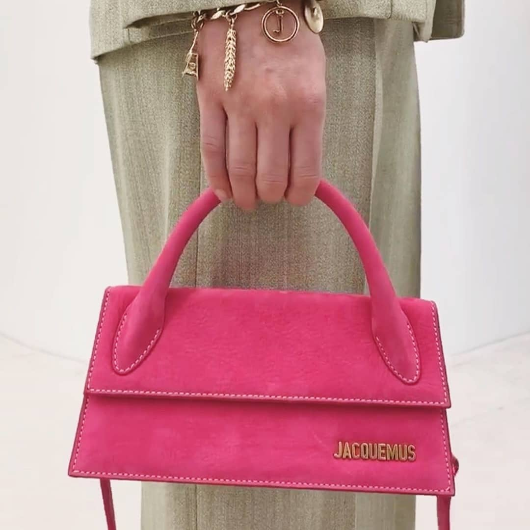 Baguette shape  @genteroma @jacquemus   Jacquemus La Chiquito long bag available now in our boutiques.  #GenteRoma #Jacquemus #FW20