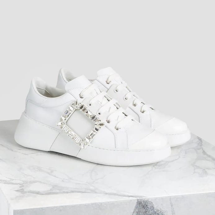 Sporty chic @genteroma @rogervivier   Roger Vivier Viv' Skate Buckle sneakers available on genteroma.com and in store at Via del Babuino, 77.  #GenteRoma #RogerVivier #SS21