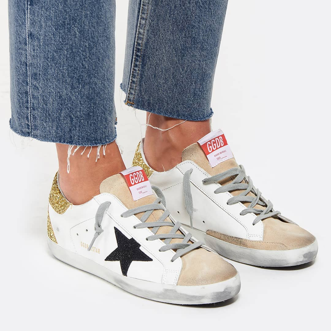 Sporty chic @genteroma @goldengoose   Golden Goose Superstar sneakers available on genteroma.com and in our boutiques.  #GenteRoma #GoldenGoose #FW20