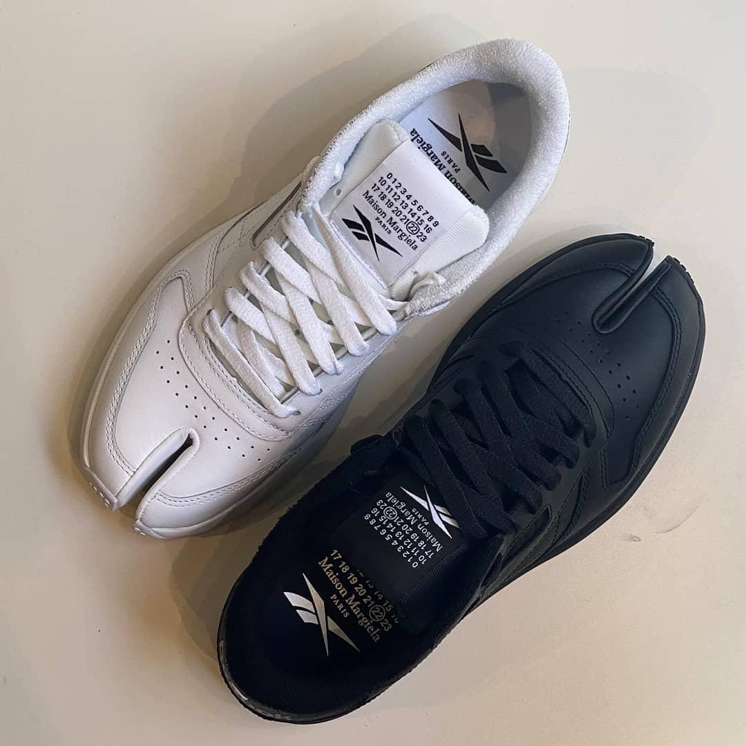 Avant-garde spirit @genteroma @maisonmargiela @reebok   Maison Margiela x Reebok Tabi sneakers available in store at Via del Babuino, 185.  #GenteRoma #MaisonMargiela #SS21