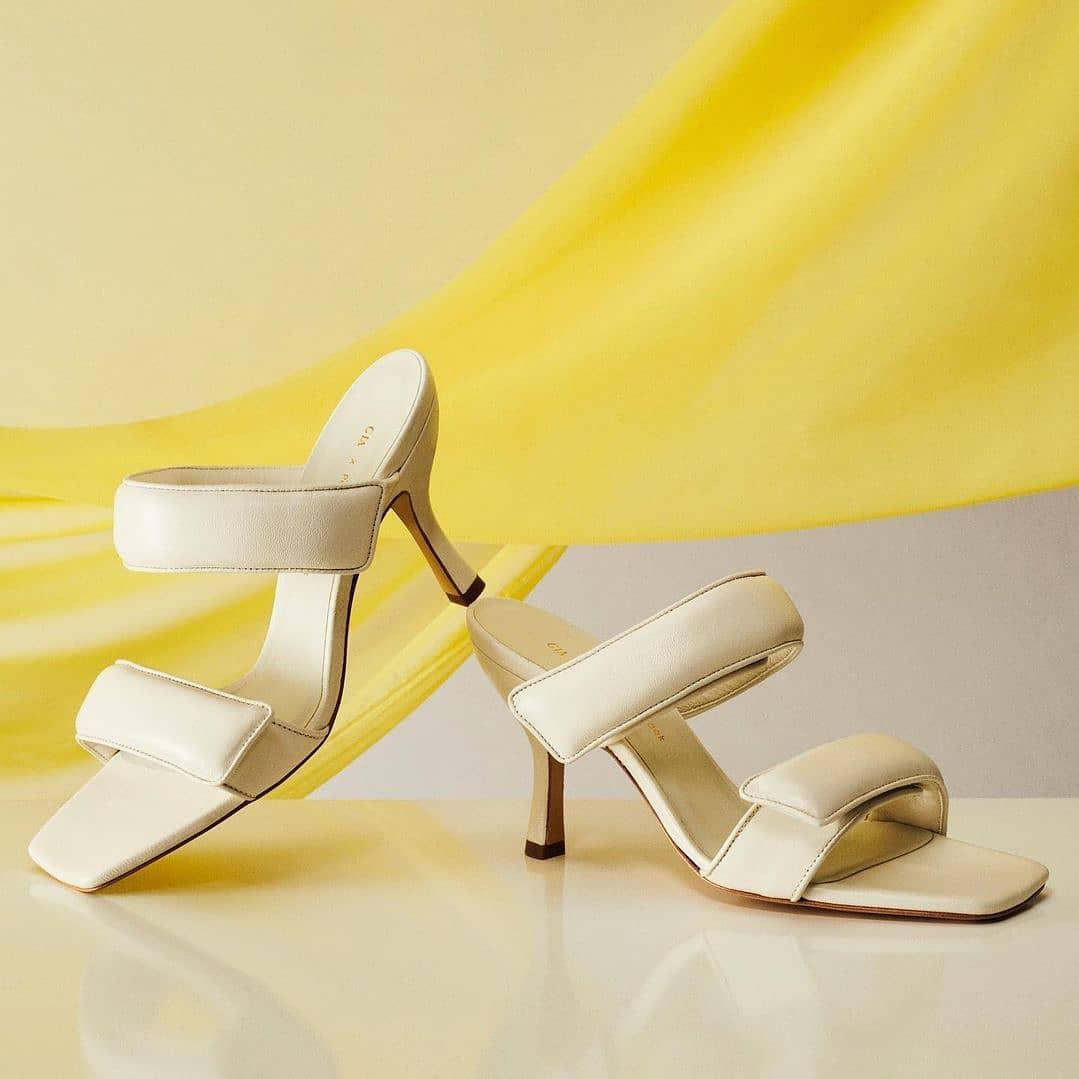 Neutral tones @genteroma @giacouturefirenze   Gia Couture x @pernilleteisbaek sandals available on genteroma.com  #GenteRoma #GiaxPernille #SS21