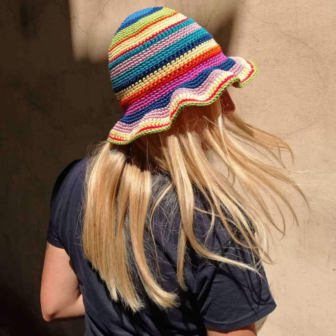 Summer accessory  Hand-woven multicolored Crochet hat available on genteroma.com and in store at Via Frattina, 93.  #GenteRoma #Crochet #FW21