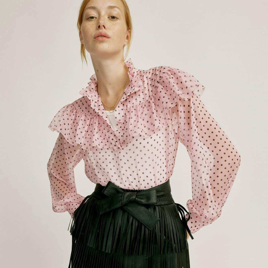 Pretty polka dots  @genteroma @philosophyofficial   Philosophy di Lorenzo Serafini Margot chiffon blouse available on genteroma.com and in our boutiques.  #GenteRoma #PhilosophyOfficial #SS21
