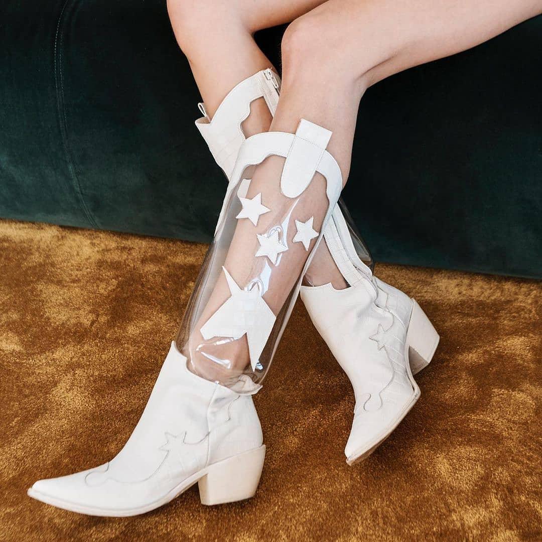 Cowboy inspired  @genteroma @francescabellavita   Francesca Bellavita Amazon boots available on genteroma.com and in our boutiques.  #GenteRoma #FrancescaBellavita #SS21