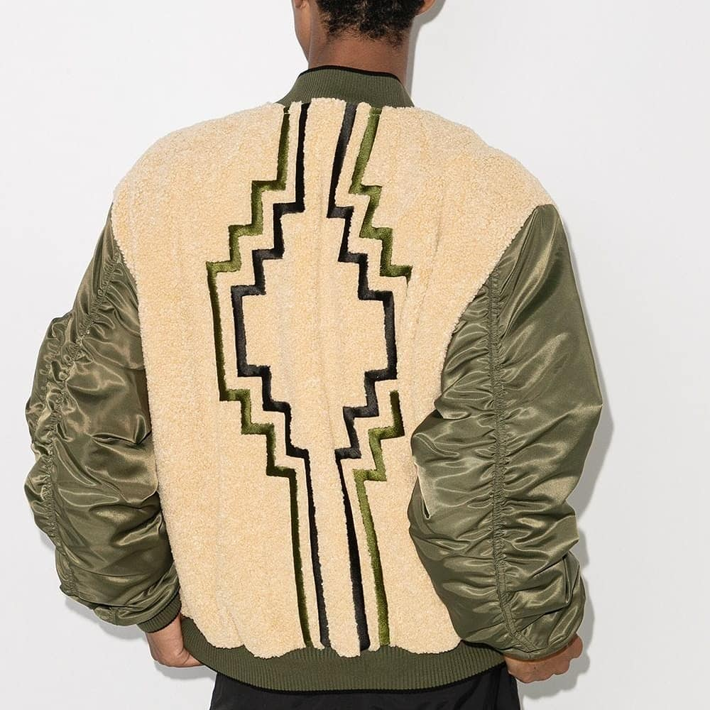 Contemporary accent  @genteroma @countyofmilan   Marcelo Burlon Cross reversible bomber jacket available on genteroma.com and in store at Via del Babuino, 185.  #GenteRoma #MarceloBurlon #CountyofMilan #FW20