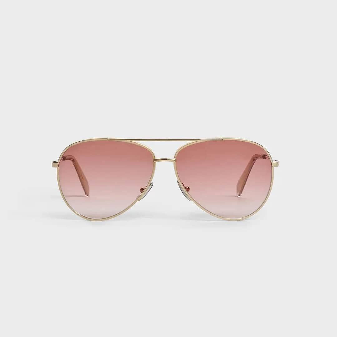 Gradient pink @genteroma @celine  Celine Metal Frame 02 Aviator sunglasses available in store at Via del Babuino, 77.  #GenteRoma #Celine #FW20