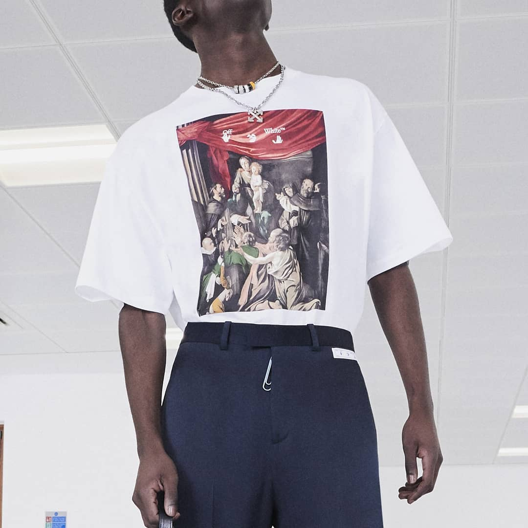 Streetwear staple @genteroma @off____white   Off-White Caravaggio painting Arrows t-shirt available in store at Via del Babuino, 185.  #GenteRoma #OffWhite #FW20